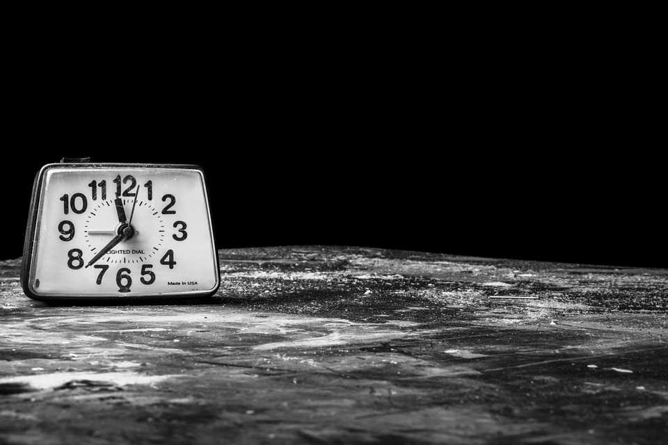 Time is passing and you need to prepared for last minute moving.