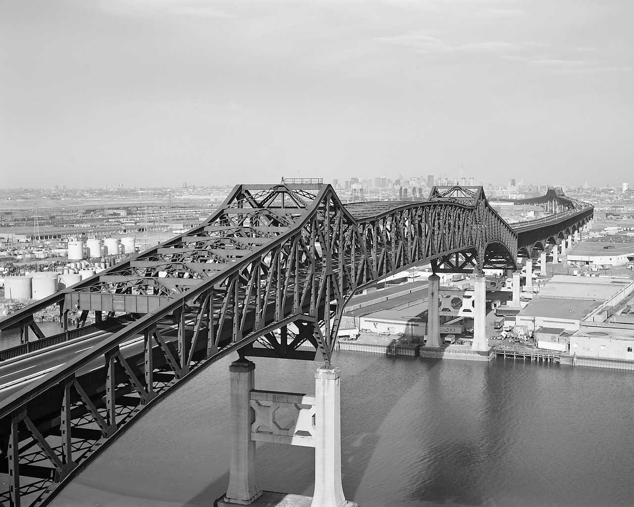 General Pulaski Skyway, black and white photo