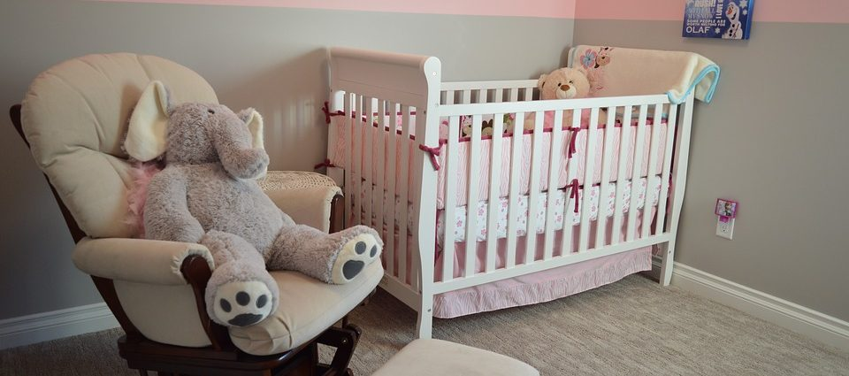 How to pack a bedroom nursery?